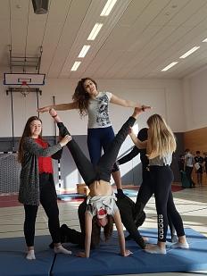 Akrobatik 7 4©Oberschule Mittelweser